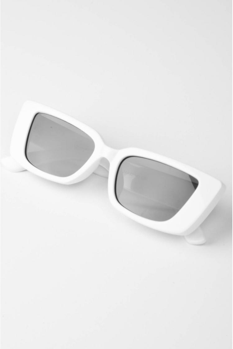 LOLA GLASSES logo